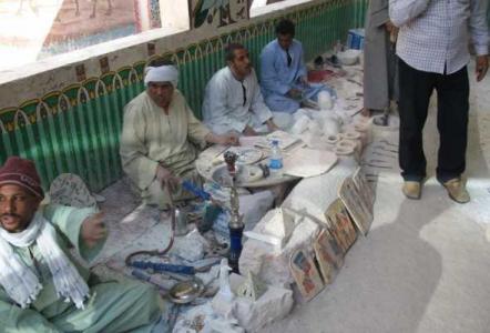 В Египте придумали, как защитить туристов от назойливых торговцев